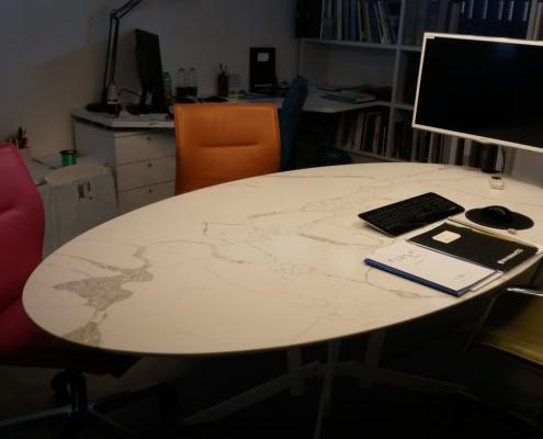 Tavolo Statuario Fantastico Ufficio