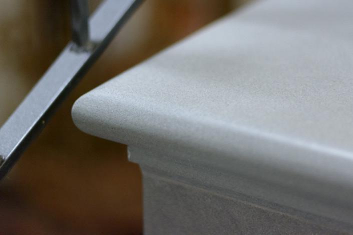Gradino in pietra serena Prato marmi